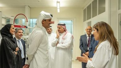 Photo of HH the Amir Visits Research Center in QF, Briefed on Qatar's 2030 strategy for research development and innovation