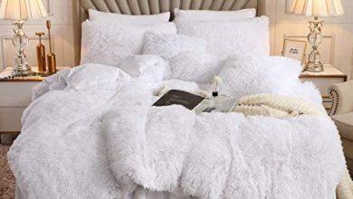 Photo of XIYU Luxury Plush Shaggy Duvet Cover Set Ultra Soft Crystal Velvet Bedding Sets 3 Pieces(1 Faux Fur Duvet Cover + 2 Faux Fur Pillowcase) (King, White)